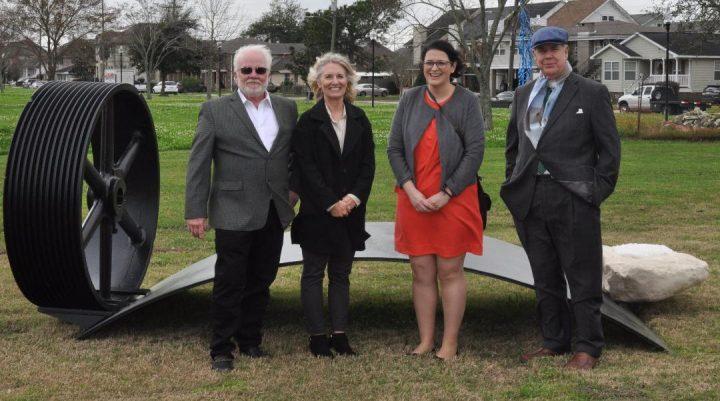 New Orleans – Sculptures dedicated at Hibernian Memorial Park